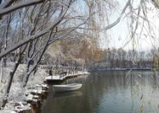 冬季湖景图片