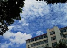奇妙的蓝天白云图片