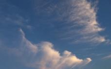 蓝色的天空图片