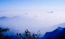 云海山脉图片
