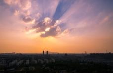 夕阳城市图片