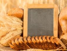小麦面包图片
