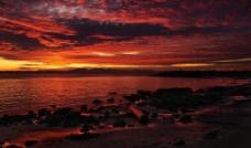 海边火烧云图片