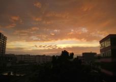 雨后黄昏图片