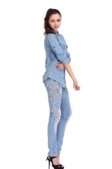 牛仔裤女模特图片