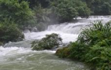 高处流水图片