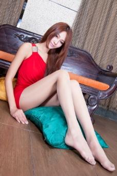 高清丝袜美腿模特图片