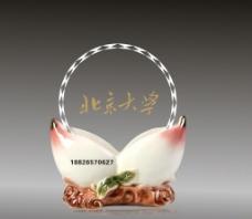陶瓷奖杯图片